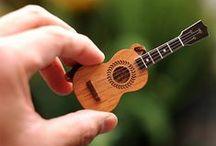 guitar,ukulele