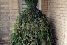 Mannequin Tree Dress Ideas / Sharing beautiful mannequin tree dresses for every occasion!