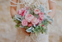 Wedding Bouquet Ideas / Flowers are your key accessory walking down the aisle, check our ideas & inspirations for great floral arrangements and stunning bouquets.