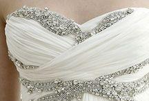 Bling Wedding Decorations / Diamonds, Crystal & Bling Wedding Decoration Ideas