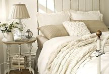 HOMES - Cosy Bedrooms