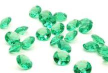 Emerald Green Wedding Ideas / Emerald Green Wedding Ideas