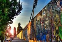 Berlin / Berlin is Germany's capital and a very good desintation for a city trip. A rich culture, excellent food, while still being modern and very youthful - there are just so many things to do in Berlin.