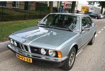 VERKOCHT - BMW 728i E23 / 1981 BMW 728i - Automaat Basis Inrichting:Sedan (4 drs) Vermogen motor:179 PK Aantal cilinders:6 Bouwjaar: augustus 1981 Kleur:Licht Astraalblauw metallic Brandstof: Benzine Versnellingsbak:Automaat Km. stand:126.500 km Cilinderinhoud:2.788 cc Gewicht (leeg):1.540 kg Max. trekgewicht: 1.600 kg APK:tot 14 augustus 2013 BTW/Marge:Marge Prijs: € 6.950
