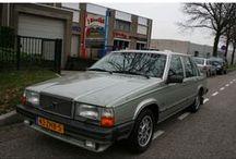 VERKOCHT - Volvo 760 GLE Aut. / Volvo 760 GLE Automaat - Airco Belastingvrij Inrichting:Sedan (5 drs) Aantal cilinders:6 Bouwjaar:juli 1983 Kleur:Green metallic (licht groen metallic) Brandstof:Benzine Versnellingsbak:Automaat Km. stand:184.000 km Gewicht (leeg): 1.401 kg APK:tot 5 december 2013 BTW/Marge:Marge Prijs: € 4.950