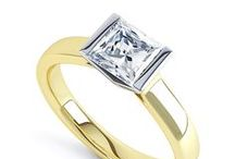 Princess cut diamond engagement rings / Stunning princess cut diamond engagement rings