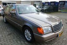 VERKOCHT - Mercedes-Benz 300 SE W140 / Merk:Mercedes-Benz Model:300-Klasse Type:300 SE Inrichting:Sedan (4 drs) Aantal cilinders:6 Bouwjaar:juni 1991 Kleur:Bruin Impala metallic Brandstof:Benzine Versnellingsbak:Automaat Km. stand:98.000 km Gewicht (leeg):1.805 kg Max. trekgewicht:2.100 kg BTW/Marge:Marge Prijs: € 9.500