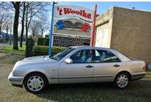 Mercedes-Benz E200 W210 / Mercedes-Benz E-Klasse type E200 Automaat benzine, 36.000 km, BIJTELLINGSVRIENDELIJK, bwjr. februari 1997, Briljantzilver metallic, prijs € 9.850. Een in perfecte roestvrije nieuwstaat verkerende E200 automaat, rijdt echt splinternieuw voorzien van alle belangrijke opties) fijne automaat, tempomaat (cruisecontrole), automatische airco, veel ruimte en veiligheid, enz. En dan is de auto ook nog zeer aantrekkelijk voor de zakelijke rijders onder ons! Bel voor meer info 0654 688 886.