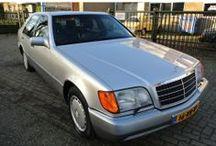 Mercedes-Benz 500 SE W140 / Mercedes-Benz S-Klasse, type 500 SE W140, 327 PK V8, bouwjaar juni 1992, licht Briljantzilver metallic, lederen bekleding, km.stand 185.000 km, cilinderinhoud 4.973 cc, gewicht (leeg):2.000 kg, max. trekgewicht 1.900 kg, APK bij aflevering, prijs op aanvraag.