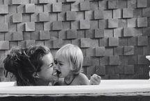 Bambini. Maternal bliss