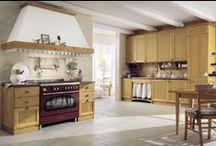 CUCINE DEMAR pino / Le nostre cucine in legno di pino, realizzate interamente in pino massello. Vasta possibilita' di scelta per la realizzazione di composizioni su misura