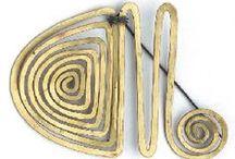 Brooch and shawl pin