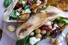 Veggielicious! / Vegetarian and vegan dishes / by Henrike Griebenow