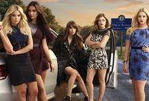 P L L / Troian Bellisario, Ashley Benson, Shay Mitchell, Lucy Hale, Sasha Pieterse, Pretty Little Liars