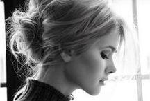 The Hair Style Zone / by Yami Iametti
