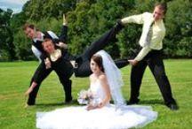 Svatby / Wedding / Svatba je úžasný den, na který nechcete nikdy zapomenout. Naše fotografka se postará o to, aby tato událost byla věčná. Naše fotky zachycují emoce tak, abyste si při pohledu na ně tuto událost hned vybavili. Výsledné fotografie dostanete na originálním DVD upravené a v nejlepší kvalitě. Poté co si vyberete fotografie Vám je i vytiskneme za zvýhodněnou cenu. Na Vaši svatbu přijedeme vždy s předstihem.