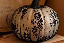 Halloween / by Elizabeth Minier