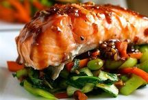 Healthy Recipes / by Melissa Harshbarger