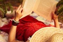 BOOK WORM / I likebig books and I cannot lie...