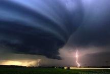 Whirlwind, tornado & storm wonders