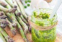 Bärlauch Rezepte - die Lieblinge von herzelieb / Bärlauch Rezepte - von der Creme bis zum Pesto, als Brotaufstrich oder Risotto. Gnocci, Tartes und Nudeln, Brot und Bröchten. Mit Bärlauch kann man backen und kochen.   Wild Garlic Recipes - cook and bake