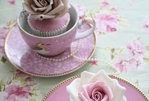 Fancy Smancy Cupcakes! / by Valerie B.