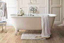 Flooring - Podlahy / Laminátové, dřevěné a vinylové podlahy. Laminate, wooden and vinyl flooring.
