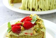 Food & drinks / by Anjali Desai