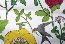 Kevät 2014 - Kodin uudet kuosit  / Akvarelleja, ruusuja, lintuja, aakkosia, pitsejä, timantteja, apiloita, merellisiä maisemia, lehtiä, farkkua, sitruunoita ja lisää kukkia, niistä on Eurokankaan kevät 2014 tehty.
