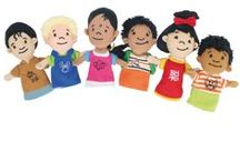 Marionetas / Las marionetas son un importante medio de expresión. Son un valioso recurso para desarrollar, por medio de una expresión y el lenguaje y para la fijación de aprendizajes formativos. El uso de marionetas es muy popular y muy atrayente para la mayoría de niños, para ellos el títere es un personaje mágico que los conduce a la imaginación y la creatividad