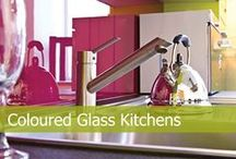 Coloured Glass Splashbacks / A beautiful array of carefully selected colours, the most popular best sellers for the last decade are the first choice for finding the wow effect for your beloved kitchen.