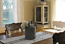 Country Farmhouse Style / by Rhonda Holland