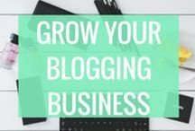 Blogging Business Tips / The best tips and tools for launching and building your small business. Whether you're a freelancer, a coach, a crafter, or an artist, Work from home moms, do you want to start making extra money from your blog? Here you'll find awesome guides and strategies to turning your blog into your dream business. I'm pinning just what you need to build your business online. For MORE AWESOME Blogging Productivity Tips & Resources CHECK OUT www.simplicitygal.com Today!