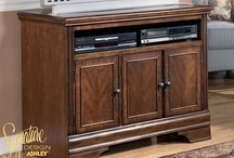 Home Entertainment / Entertain with these great furniture pieces!