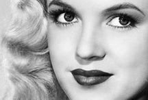 My Favourite Marilyn Monroe's / I've been an avid fan of Marilyn Monroe since I was 11. Yet even after all these years I am still finding new images of hers that i'd never seen before. These are some of my favs!