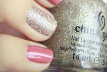 nails / by Maribel Aguilar