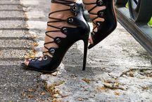 Zapatos / by Maribel Aguilar