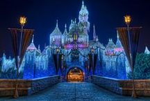 Christmas: Disneyland Resort / Inspiring pictures of Disney Theme Parks during the holidays. / by Tours Departing Daily