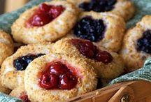 Desserts / by Brittany Frazier