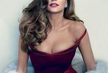 Celebrities / Τhe most impressive looks for celecrities..