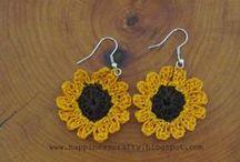 Crochet - Idee all'uncinetto / Crochet Ideas: bijoux, bags, pochette, and more..