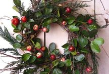 Wreaths / by Caroline