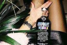 #AbsolutWarhol / In 1986 Absolut Vodka and Andy Warhol's paths crossed at the legendary nighclub Studio 54 on Manhattan and the iconic collaboration was initiated. Andy Warhol fell in love with the bottle of Absolut and the collaboration was initiated...  This October we introduce Absolut Warhol limited edition. It celebrates creativity, pop art and the iconic collaboration with Andy Warhol.  On shelves starting worldwide October 1st.  http://www.absolut.com/se/andywarhol/ / by Absolut