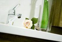 Grifería / Faucets Clever Distribución / En el año 2000 nace CLEVER de las manos de Standard Hidráulica, S.A.U. como una marca Europea de grifería sanitaria.