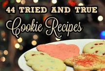 Christmas with Friends / The best holiday recipes, treats, crafts and diy from my favorite bloggers!