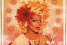 drag queens.. gotta love them <3