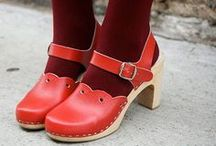 Adorable Clogs / Don't you love that sound they make when you walk? :) - Let's not overdo it with pins. And post just the best clogs! :)