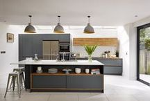 Roundhouse kitchen islands / Roundhouse kitchen island