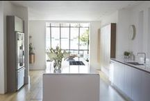 Roundhouse white kitchens / White bespoke kitchens by Roundhouse