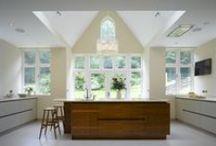 Roundhouse kitchens - wood / Wood finish kitchens